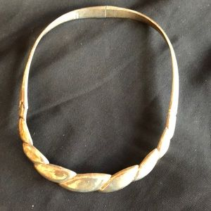 """Jewelry - STERLING SILVER HINGED COLLAR/CHOKER/NECKLACE 16"""""""